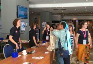 Die freundlichen Helfer von der ISFM konnten wie immer fast jede Frage beantworten - die Organisation der Tagung war tadellos!